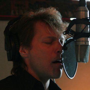 Jon Bon Jovi courtesy bonjovi.com